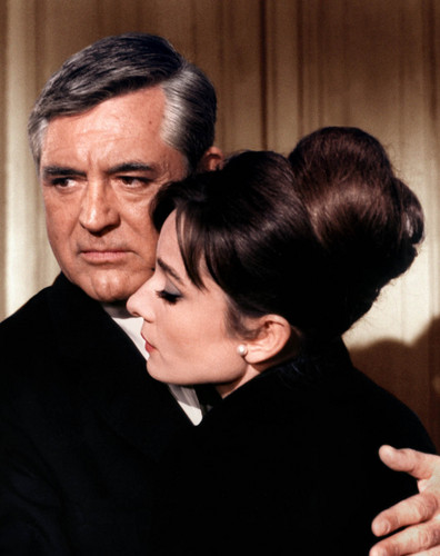 Audrey Hepburn & Cary Grant - Sciarada