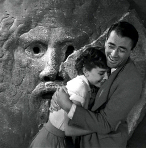 "Audrey Hepburn & Gregory Peck in ""Roman Holiday"" - audrey-hepburn Photo"