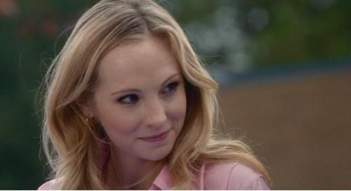 Caroline :)