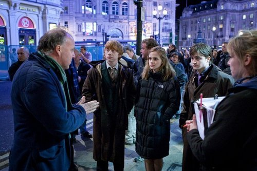 Hermione Granger wallpaper with a street, a business suit, and a brownstone called DH - Behind the scenes