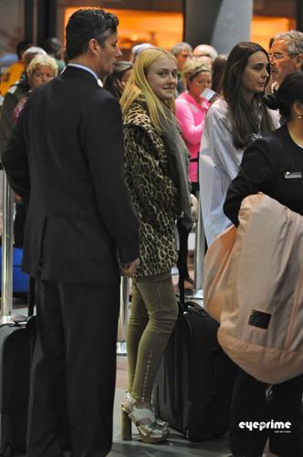 Dakota Fanning departs LAX Airport, Oct 3