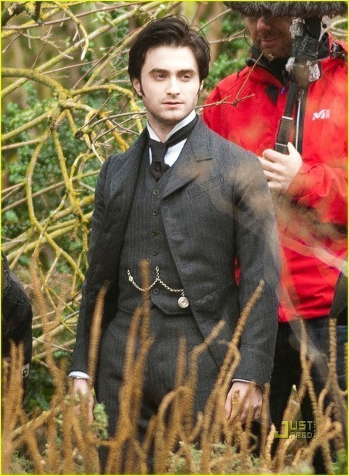Daniel Radcliffe Sept. 29 The Woman in Black Set