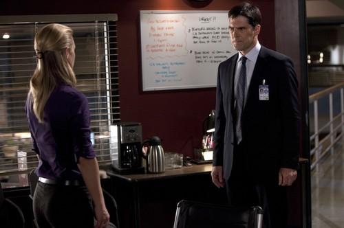 "Episode 6.02 - ""JJ"" - Promotional fotografias"