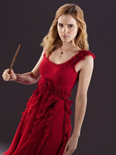 Hermione Granger wallpaper possibly with a cena dress, a cocktail dress, and a toga, abito called Hermione photoshoots (HQ)