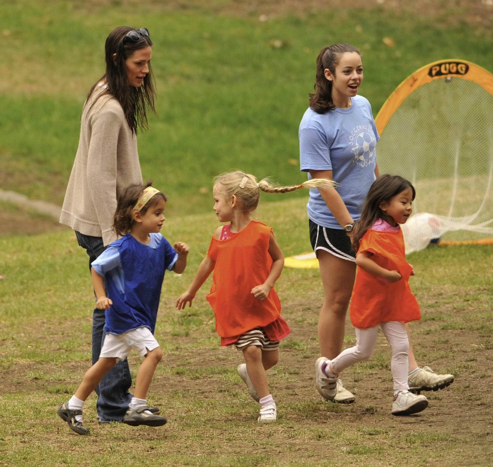 Jen took violeta and Seraphina to play soccer!