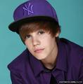 Justin Bieber witb BLUE EYES <3