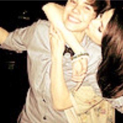 Justin Bieberselena Gomez on Justin Bieber And Selena Gomez   Justin Bieber Photo  16000203