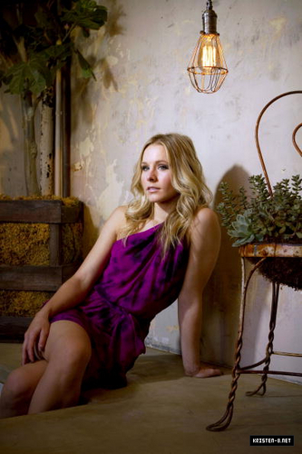Kristen Bell's photoshoot by Liz O. Baylen