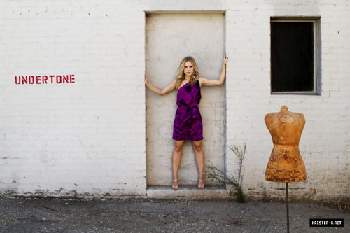 Kristen Bell's photoshoot kwa Liz O. Baylen