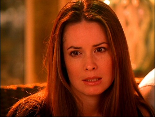 Piper Halliwell fond d'écran containing a portrait titled Piper Halliwell (Forever Charmed)