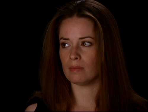Piper Halliwell fond d'écran containing a portrait called Piper Halliwell (Forever Charmed)