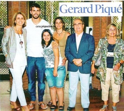 Piqués Family