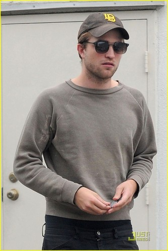 Robert Pattinson is a Gray Guy