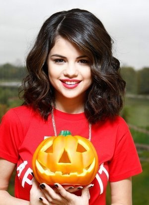 Selena Gomez Model For Halloween