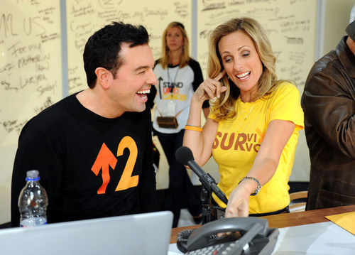 Seth MacFarlane & Marlee Matlin Backstage @ the 2010 Stand Up 2 Cancer Telethon