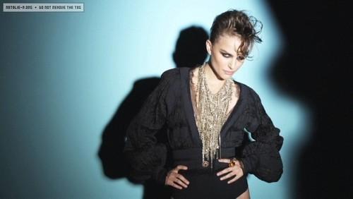 V Magazine (November 2009) - Behind The Scenes