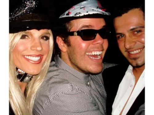 derrick barry and perez hilton