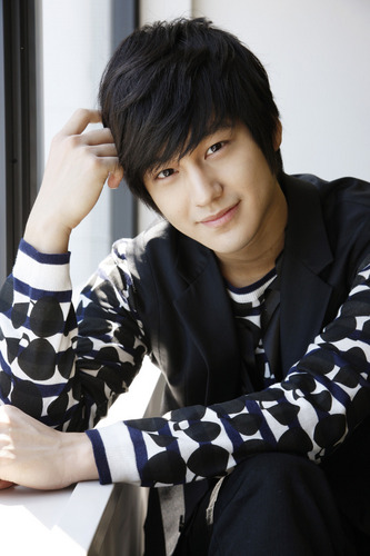 Kim Bum wolpeyper called kim bum <3