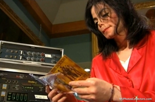 Living With Michael Jackson...love bạn my Angel +.+