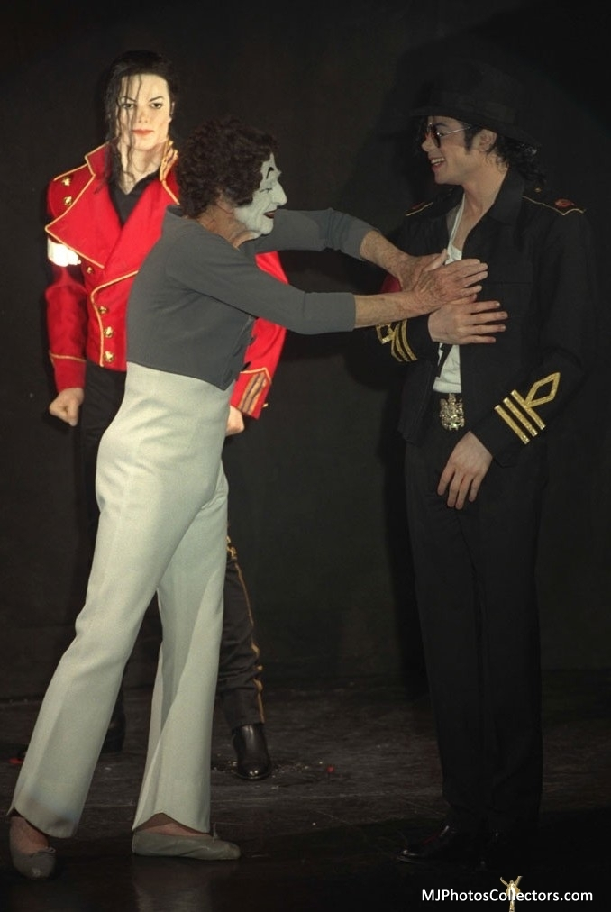 1997 Grevin Wax Museum