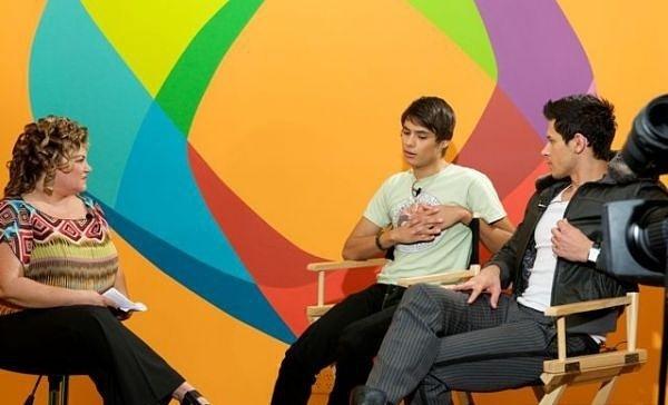 Alex and Kiowa on Terra's Miami studios