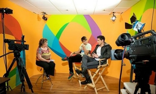 Alex and Kiowa on Terra's Miami studios