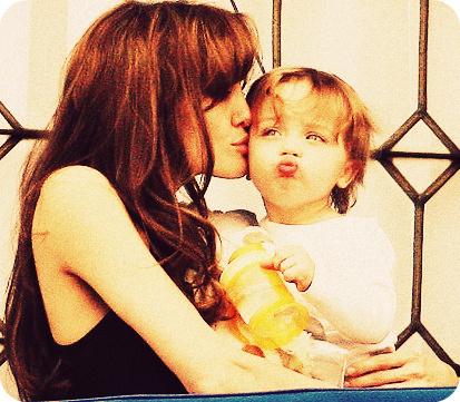 Angelina and Knox +.+