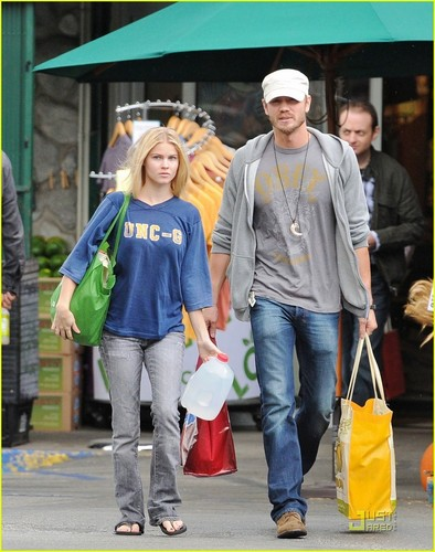 Chad Michael Murray wallpaper possibly with a street titled Chad Michael Murray: Dog Walk With Kenzie Dalton