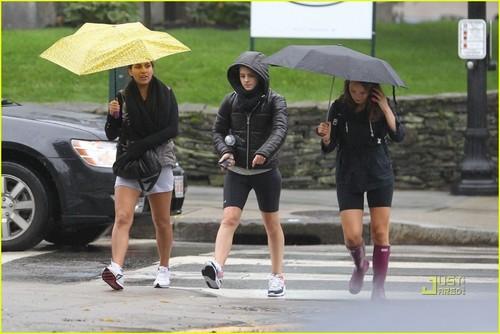 Emma Watson: Rainy Workout
