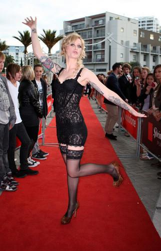 জিন Wigmore Arriving @ the 2010 Vodafone New Zealand সঙ্গীত Awards
