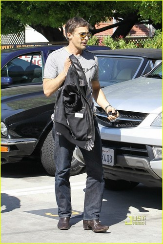 Halle Berry: Out and About with Olivier Martinez!