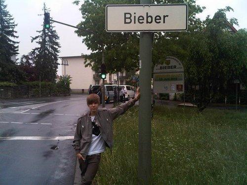JB love himm!