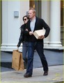 Jennifer Connelly & Paul Bettany: ショップ 'Til あなた Drop!
