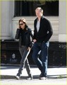 Jennifer Connelly & Paul Bettany: Shop 'Til You Drop! - jennifer-connelly photo