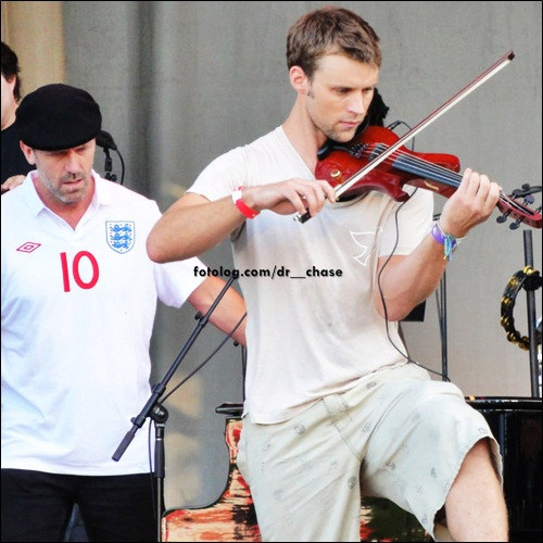 Jesse Spencer fond d'écran with a altiste, violiste called Jesse