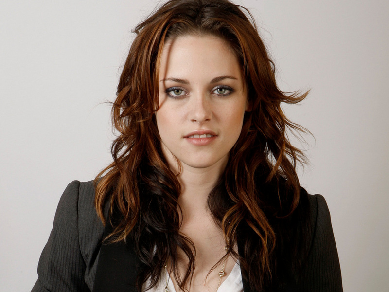kristen stewart wallpapers in twilight. Kristen Stewart wallpaper