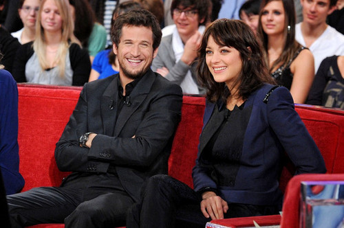 """Marion Cotillard and Guillame Canet taping """"Vivement Dimanche"""" (October 7, 2010)"""