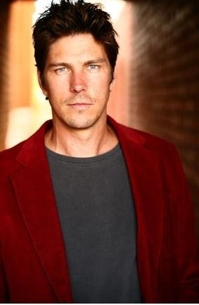 Michael Trucco kertas dinding called Michael Trucco