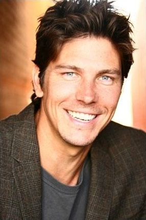 Michael Trucco wallpaper possibly containing a portrait entitled Michael Trucco