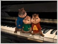 Piano - alvin-and-the-chipmunks-2 photo