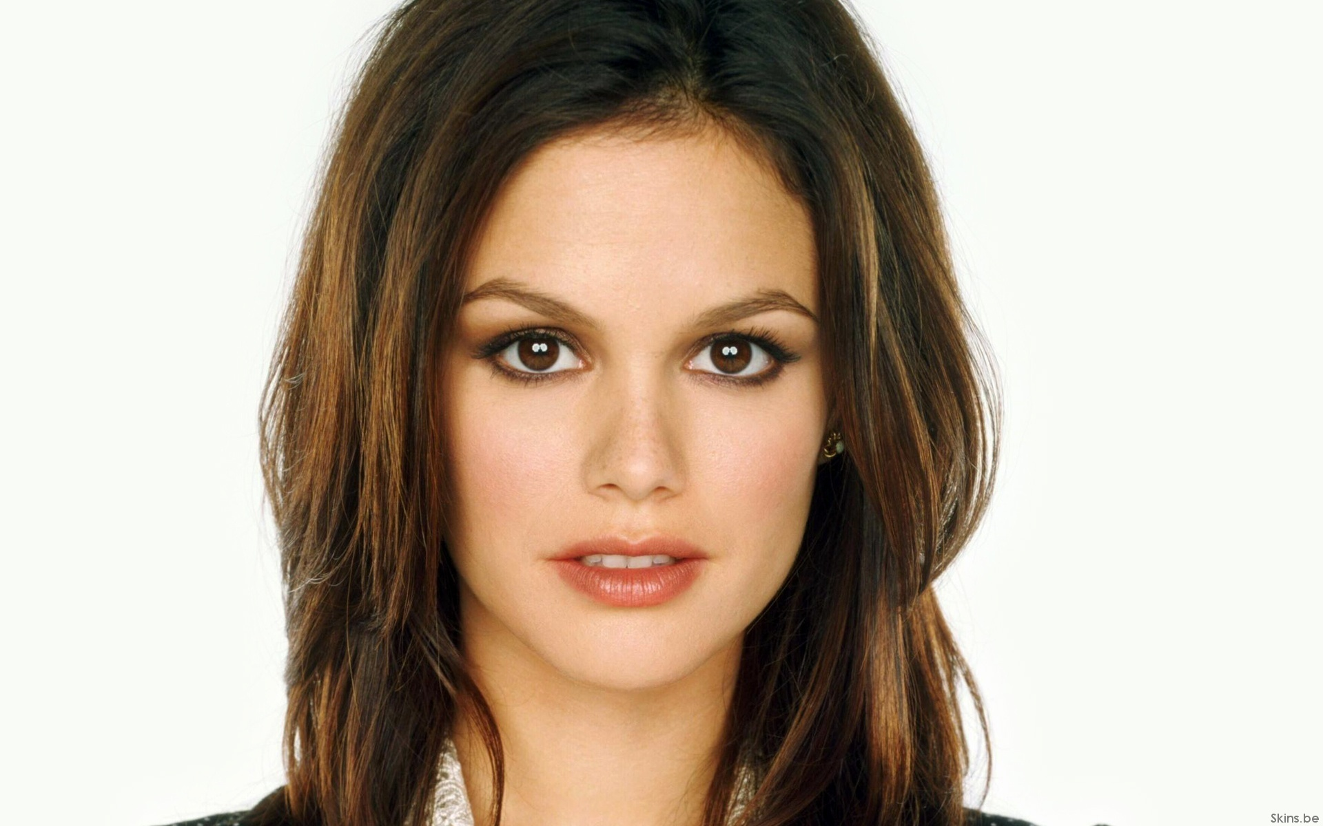 Hair Style Trends Makeup for Virgo Women Rachel Bilson-18