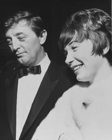 Shirley Maclaine e Robert Mitchum