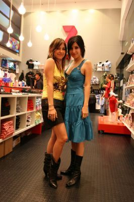 The Veronicas Sunrise 2006