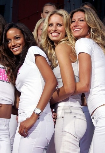 Victoria's Secret Angels - Receive 'Key To The City' Of Hollywood