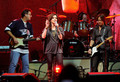 Vince Gill, Martina McBride and Keith Urban - We're All For The Hall Benefit concierto