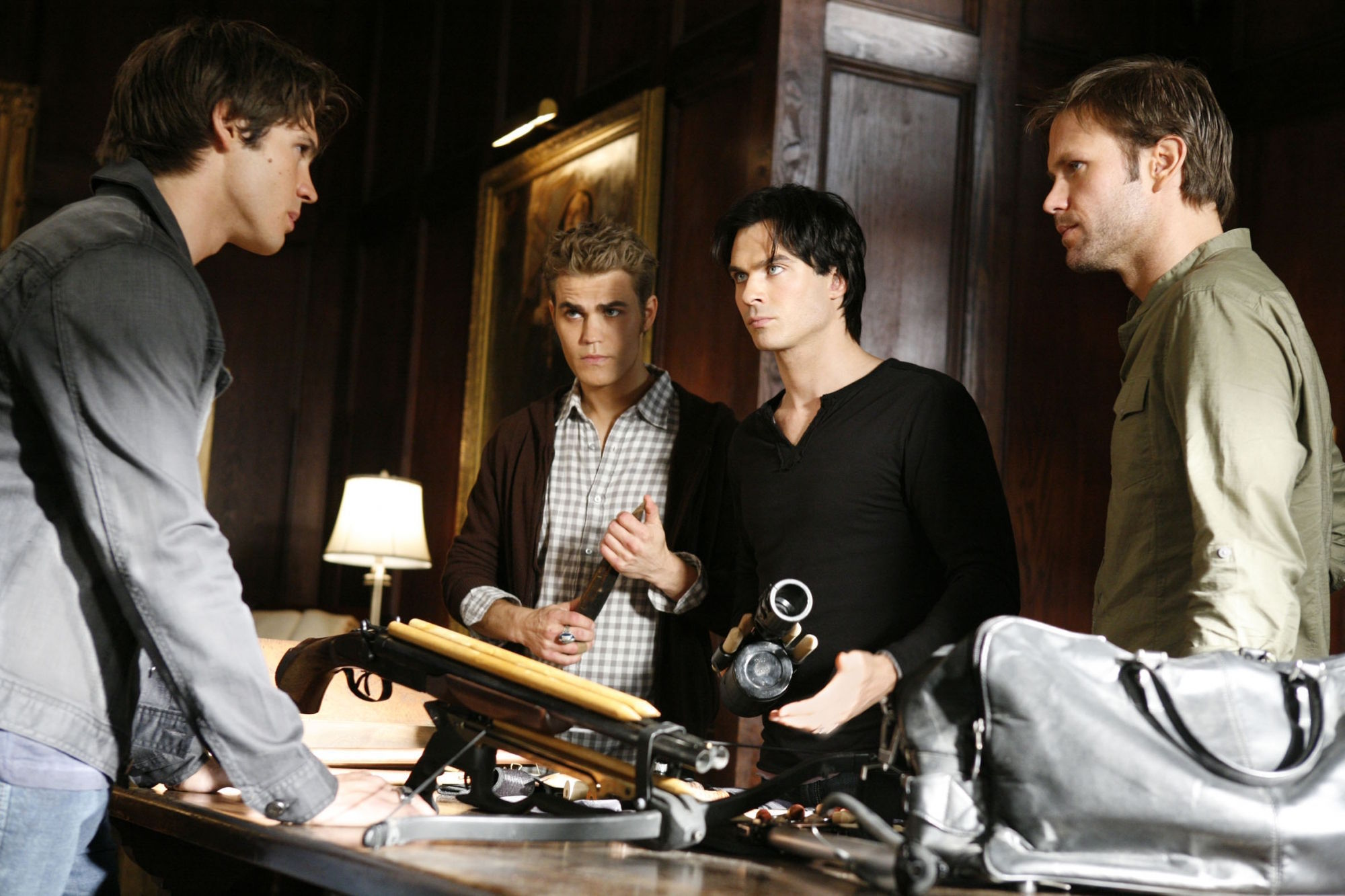 http://images4.fanpop.com/image/photos/16200000/2-07-Masquerade-the-vampire-diaries-16220659-2000-1333.jpg