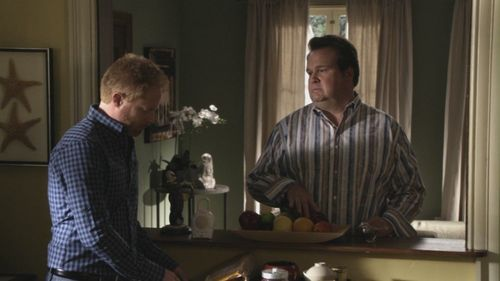modern family images 2x04 strangers on a treadmill hd