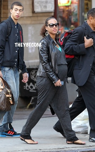 Alicia Keys - October 13th, 2010