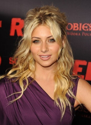 "Aly Michalka at the ""Red"" LA Premiere"
