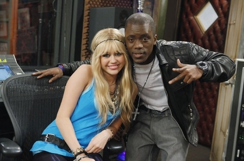Behind the Scenes of Hannah Montana Forever